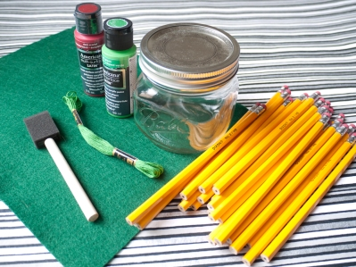 Materials Needed for Apple Mason Jar Craft