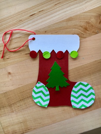 Kid's paper stocking Christmas craft