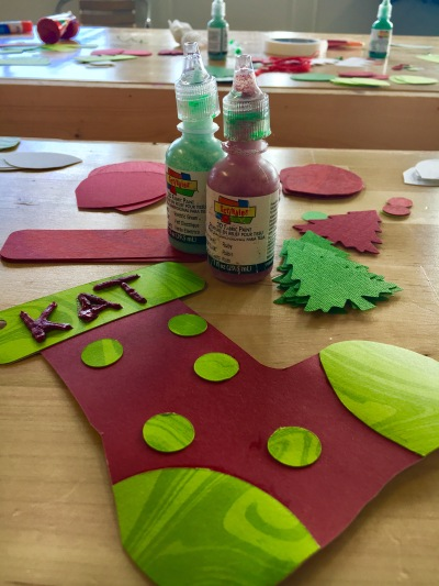 Kid's stocking paper ornament craft project